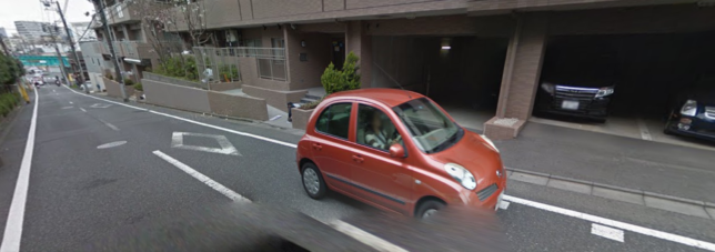 Googleマップで速そうな車