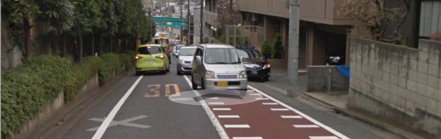 Googleマップでたくさんの車